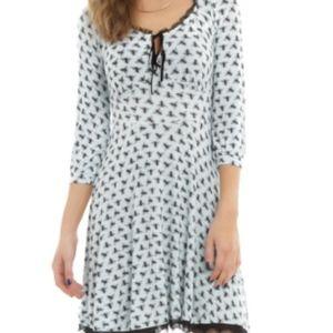 Hot Topic Dresses - MISS PEREGRINE'S Bee Print Dress - Hot Topic - M